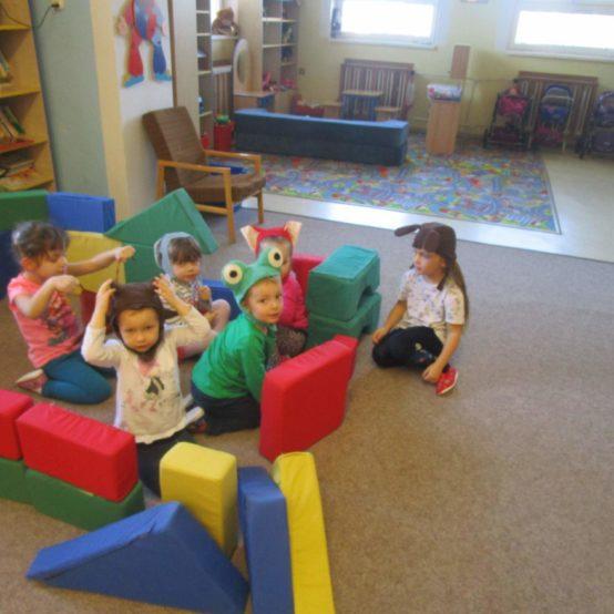 Děti ze Sluníček hrají divadlo